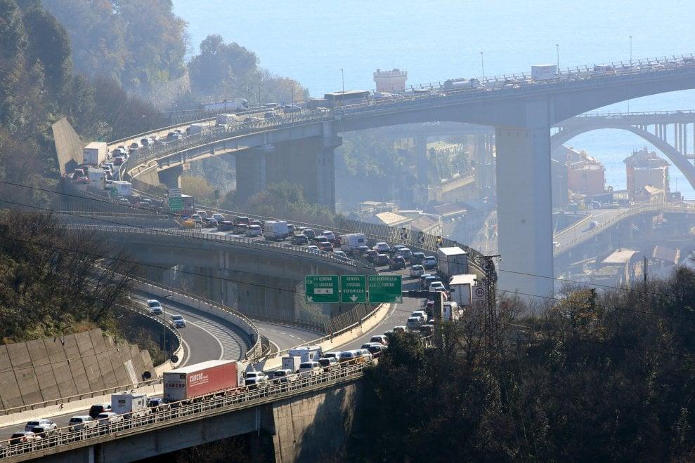 autostrade-leu-toti-non-faccia-vittima-lui-primo-responsabile